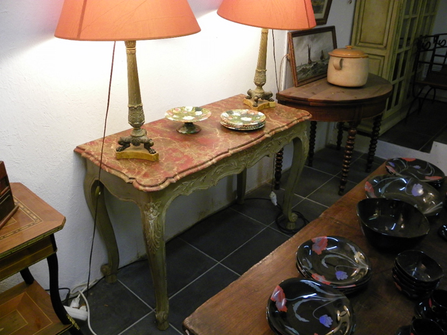 reproduction console proven ale peinte 100 2430. Black Bedroom Furniture Sets. Home Design Ideas