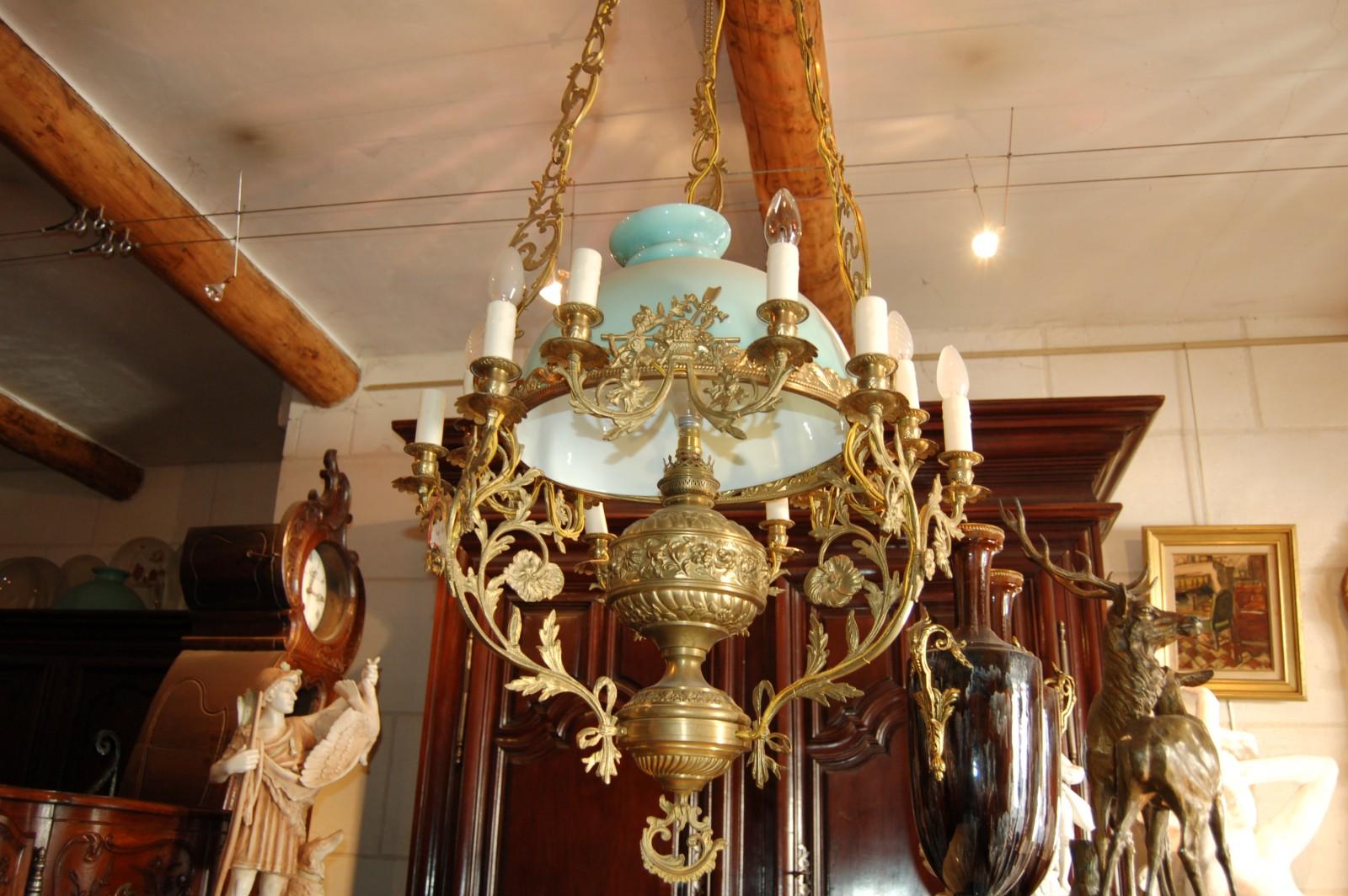 lustre en bronze et opaline 41 592. Black Bedroom Furniture Sets. Home Design Ideas