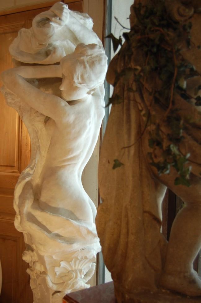 Statues en pl tre sign es injalbert jean antonin for Jardin villa antonine beziers